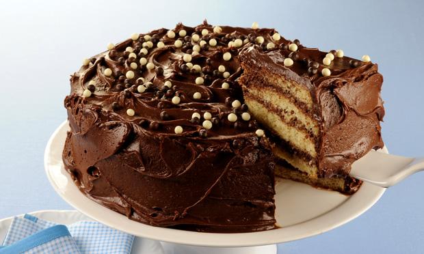 Bolo gelado de mousse de chocolate