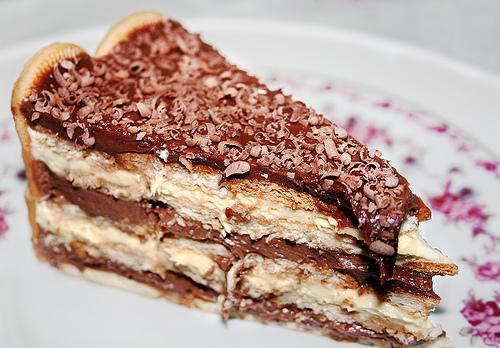 Pavê de Chocolate com biscoito Maizena