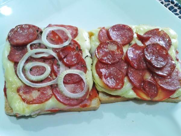 Pizza com Pão de Sanduíche