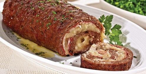 Rocambole de Carne Moida com Pure de Batata