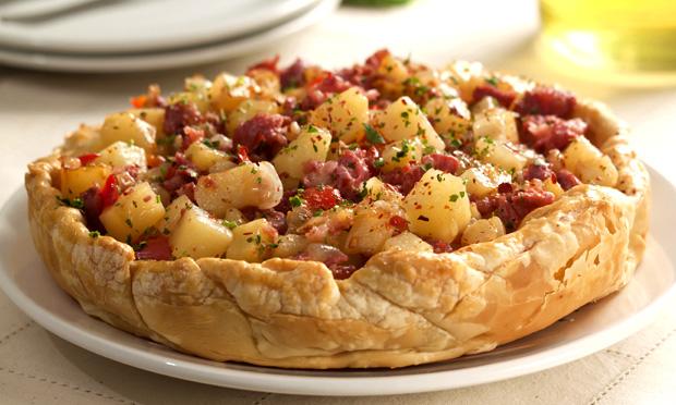 Torta italiana de batata e linguiça (Crostata)