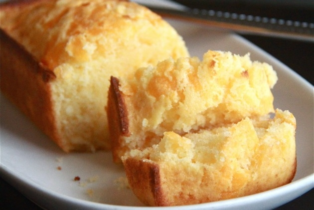 pão de queijo cheddar