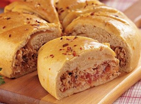 Torta de Frango com Massa de Pão