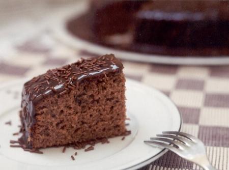 receita-de-bolo-de-chocolate-simples-f8-6070