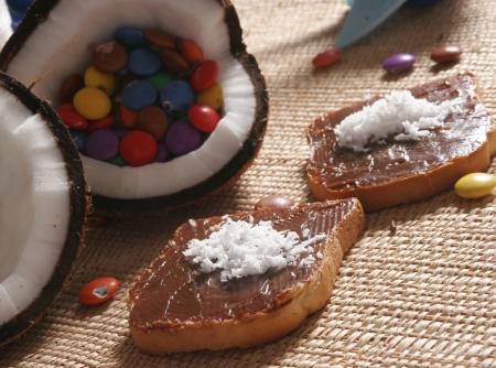 chococo-torradas-com-chocolate-e-coco-f8-11899