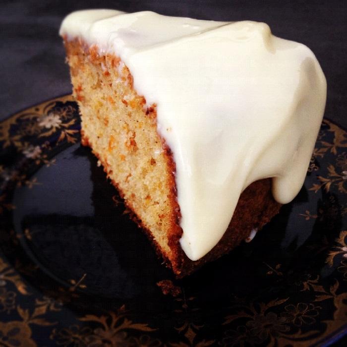 receita-bolo-cenoura-cobertura-leite-condensado