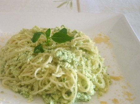 macarrao-light-com-pesto-e-ricota-f8-114097