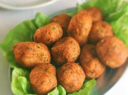 bolinho-de-mandioca-com-queijo-f8-88513