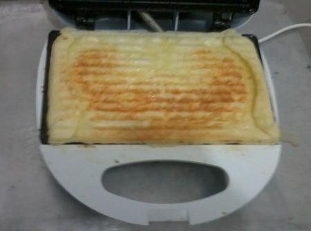 pao-de-queijo-na-sanduicheira-f8-114347