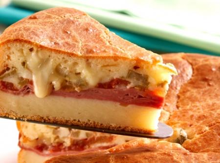 torta-de-liquidificador-de-mortadela-e-cream-cheese-f8-16613