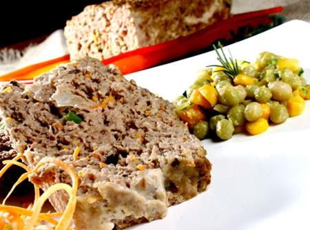 bolo-de-carne-com-legumes-f8-3109
