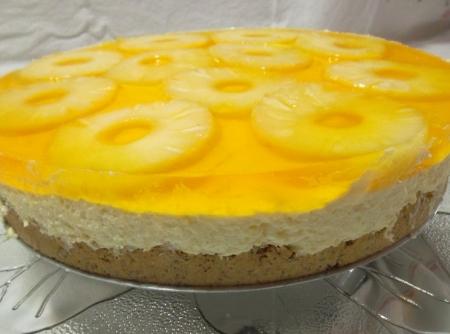 torta-gelada-de-mousse-de-chocolate-branco-abacaxi-e-coco-f8-113504