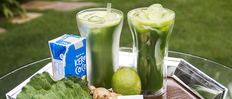 Suco detox com água de coco