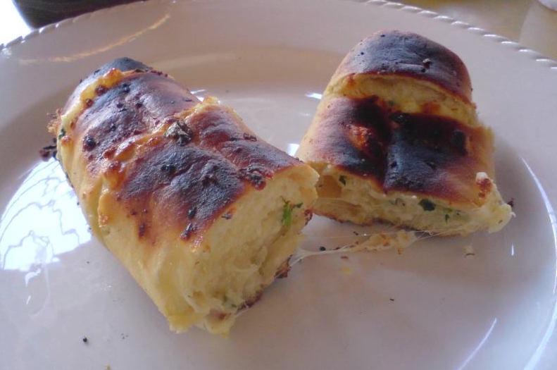 Pasta para pão de alho deliciosa