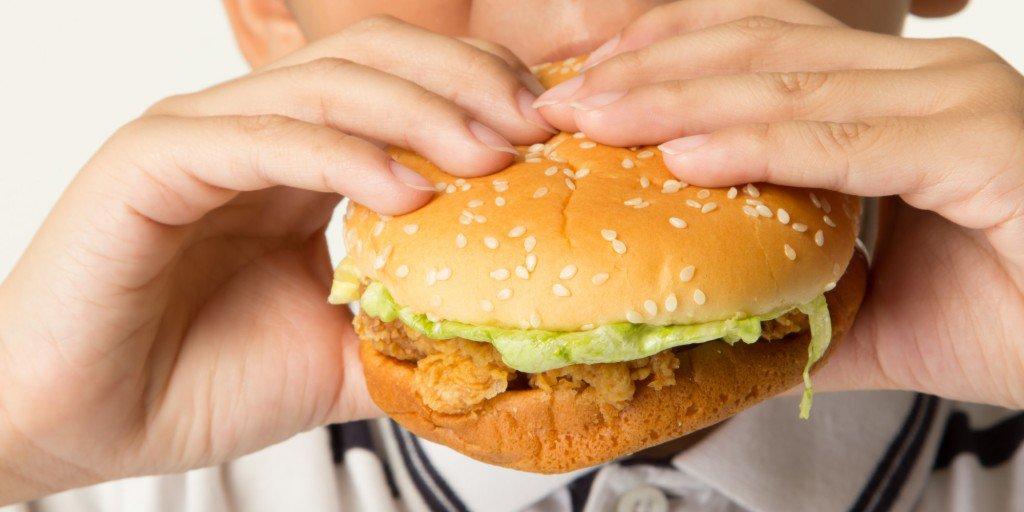 O que acontece se você comer somente McDonald's por 3 meses fazendo exercícios?
