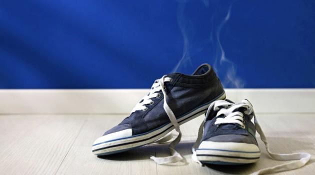 Receita caseira para tirar cheiro ruim de sapato; aprenda