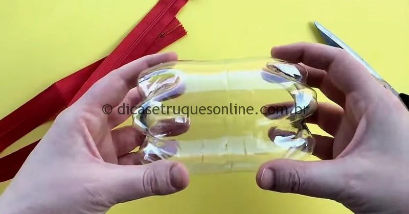 Content-Zipper-Bouteilles-Plastiques-Ayoye-800×419