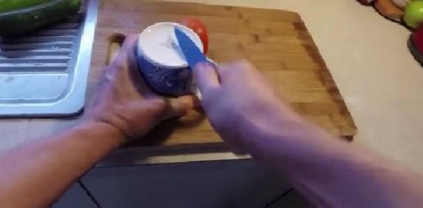 Suas-facas-não-cortam-bem-Aprenda-a-afiar-com-algo-que-todos-temos-em-casa-610×300