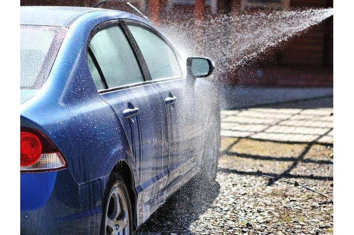 lavar-carro-sem-gastar-agua