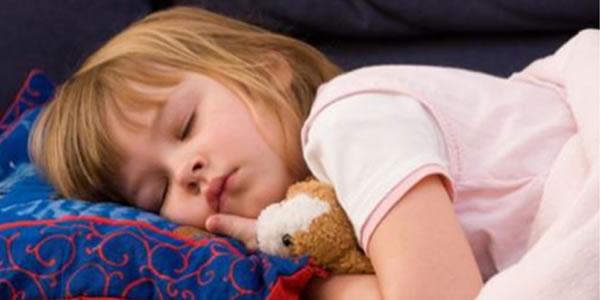 Cuidado-com-as-crianças-que-se-deitam-tarde-É-um-perigo-para-elas-Pais-leiam-isto