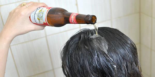 Ela-lava-o-cabelo-com-cerveja-todos-os-dias-depois-de-ver-o-resultado-você-vai-querer-fazer-o-mesmo