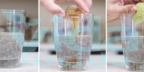Esta-poderosa-bebida-com-chia-limão-e-mel-vai-mudar-o-teu-dia