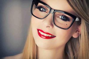 Maquiagem-com-óculos-2-300×200