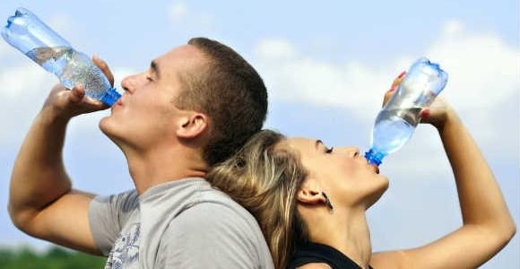 beber-agua-emagrece-3-vida-saude-e-bem-estar-580×300