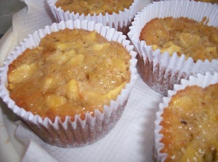 cupcake-de-maca-granola-e-castanha-f8-110639