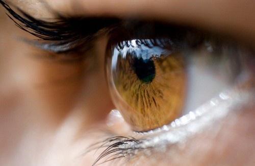 cor-dos-olhos-500×325