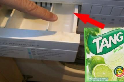 Ela-coloca-suco-de-limão-em-pó-na-máquina-de-lavar-e…-UAU-Que-ideia-de-gênio-430x285
