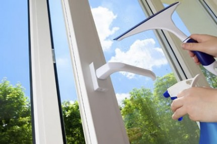 MAIZENA-pode-ser-o-melhor-limpador-de-vidros-do-mundo-saiba-usar-430×285