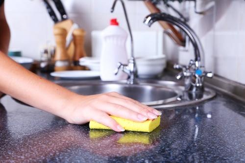 esponja-para-lavar-pratos-500×334