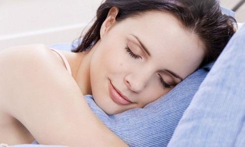 La-mejor-almohada-para-domir-bien-2-500×301