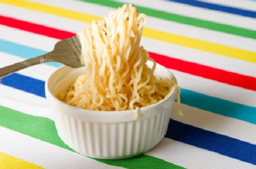Perigos-de-comer-sopa-instantâneas-500×331