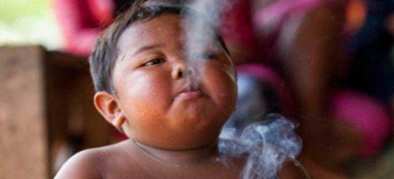 large_menino-fumante