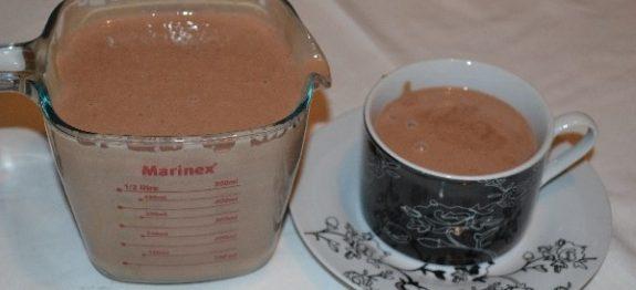 chocolate-quente-cremoso-com-3-ingredientes-600×300