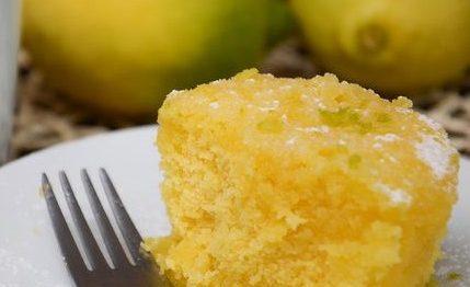 Bolo de limão em três minutos