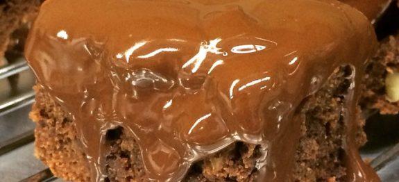 Brownie de Chocolate com calda suculenta