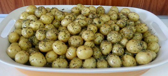 Salada de Batatinha (Batatinha Aperitivo)