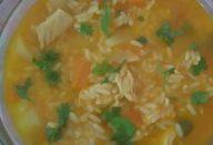 Aprenda a preparar uma canja de galinha super saborosa