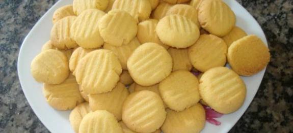 Biscoitos de fubá super fáceis