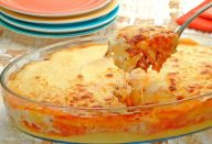 Lasanha de linguiça e polenta