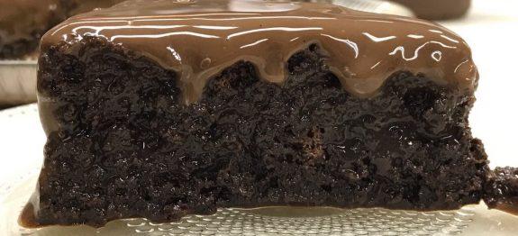 bolo molhadinho chocolate