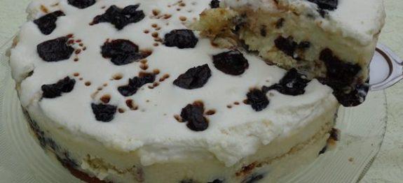 torta-de-coco-com-ameixa