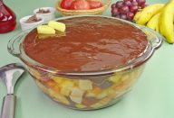escondidinho-chocolate-frutas